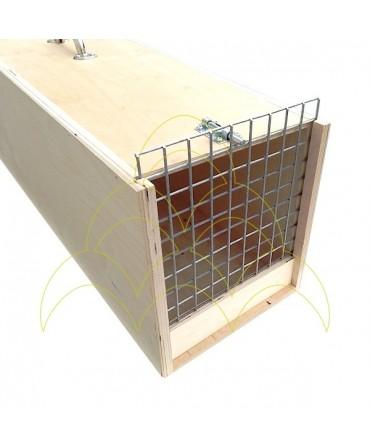 Transportadora - Para Araras - 90cm: Entrada com porta fechada